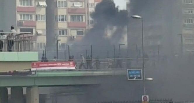 Ataköy Metrosu'nda yangın çıktı