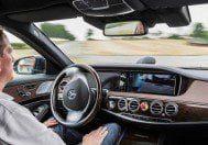 Merdeces'ten akıllı otomobil farı