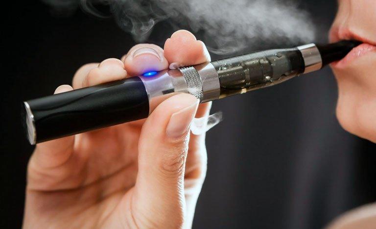 Elektronik sigarayla ilgili korkunç iddia!