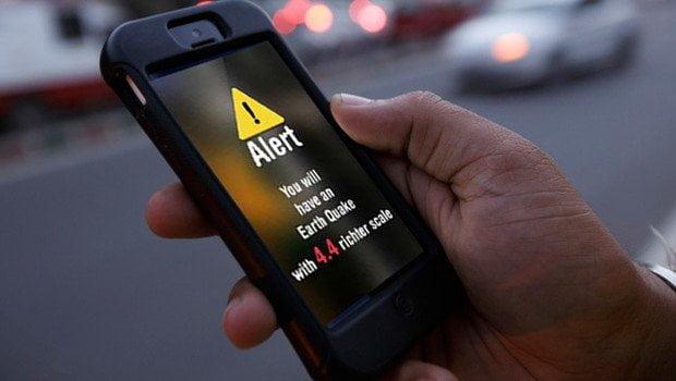 Depremde binadaki hasar SMS ile cebinize gelecek