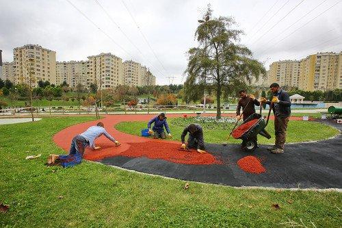 Başakşehir'de yürüyüş parkurları yenileniyor
