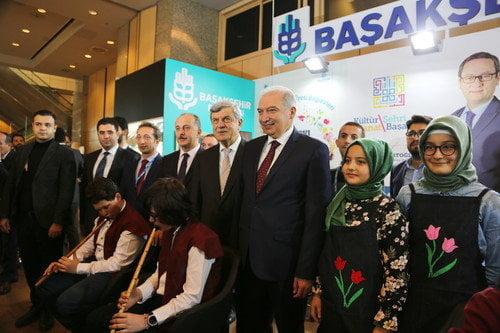 Yerel Yönetimler Kitap ve Kültür fuarı açıldı