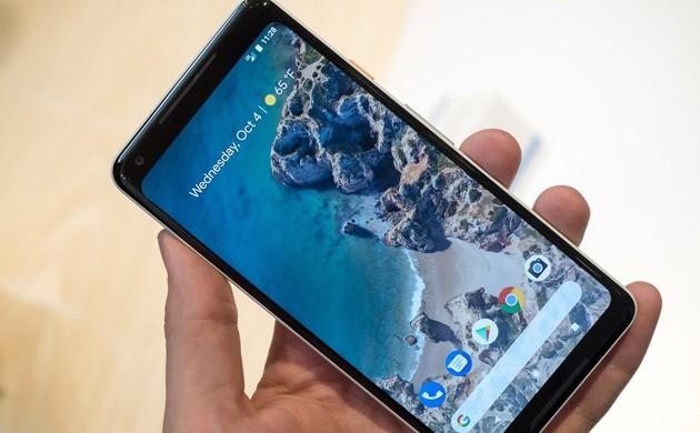Google Pixel 2 XL problem üstüne problem çıkarıyor