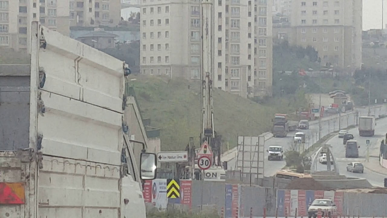 Kayaşehir Metrosu Yeniden Başladı