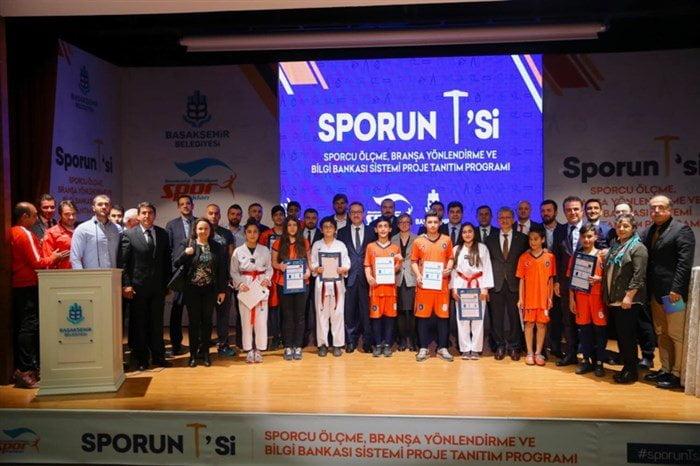 Geleceğin Şampiyonları Başakşehir'de Yetişecek