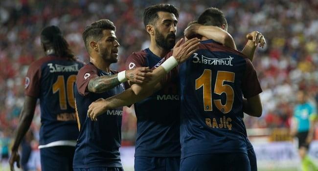 MAÇ SONUCU | Medipol Başakşehir 1-0 Beşiktaş