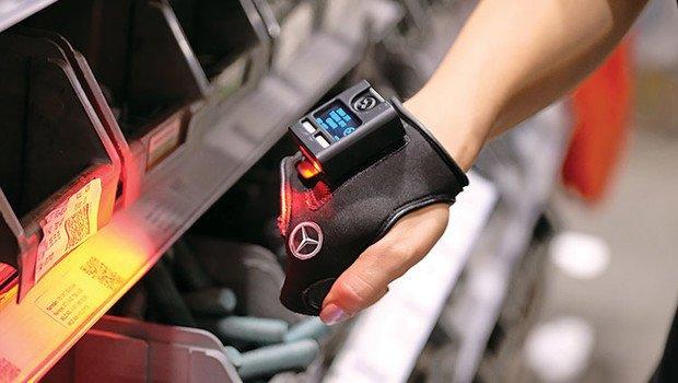 Akıllı eldiven fabrikalarda